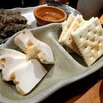魚真 - クリームチーズ