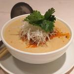 シェフス - 白ごま担々麺