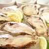 オイスターバー ゆいっとる - 料理写真:本日の生牡蠣