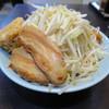 郎郎郎 - 料理写真:さぶろうらーめん。中盛り680円。