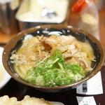 香川一福 - 肉うどん