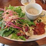 ラ ココリコ - 「前菜4種」と「サラダ」