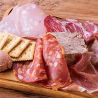 シャルキュトリー クアリタ特製「肉」の前菜盛り合わせ