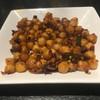 ヌワラカデ - 料理写真:ひよこ豆をアテに昼ビール