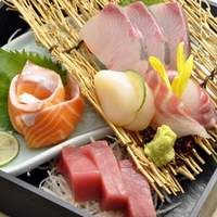 鮮魚の造り三種盛り合わせ