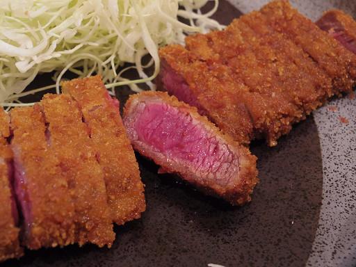 https://tabelog.ssl.k-img.com/restaurant/images/Rvw/49514/49514816.jpg