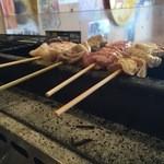 大黒 - 新鮮な朝挽きの豚肉を使用。5本盛り合わせが定番で美味しい!