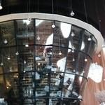 49565395 - 9階ダイニングの天井まで届く高さ8mのワインセラー