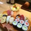 すし処 磯源 - 料理写真:にぎり1.5人前(ランチ 、サラダ・お椀付)