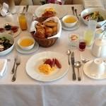 ホテル ラ・スイート神戸ハーバーランド - 部屋での朝食