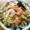 ニュー入船 - 料理写真:海鮮皿うどん¥1080。お値段だけのことはあります!海鮮たっぷりで、麺はパリパリタイプです。