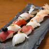 お任せ寿司の盛り合わせ