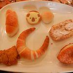 ベーカリーショパン - この日のお買い上げのパンはこちらです