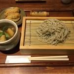 49611443 - 春野菜ときざみ鴨のつけ汁そば(十割)1400円
