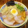 久留米とんこつラーメン 松山分校 - 料理写真:分校ワンタンメン