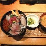 第二 いか天国 - 名物地魚丼