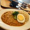 オニヤンマ コーヒー&ビア - 料理写真:レンコンキーマカレ