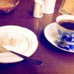 蔦珈琲店 - コーヒーをチーズとのマリアージュ
