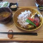 49678933 - 焼き野菜の黒糖生姜カレー