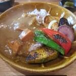 黒糖茶房 - 焼き野菜の黒糖生姜カレー