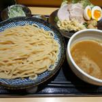 道 - 特製つけ麺 950円 麺200g