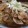らーめん大地 - 料理写真:豚玉カレー油そば。大盛り。
