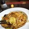 リトルチャイナ - 料理写真:酸辣炒麺(サンラー焼きそば)H28.4月登場の新メニューです。