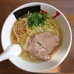 天日地鶏 - 料理写真:2016年3月 塩ラーメン 700円