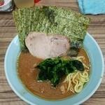 武蔵家 - ラーメン700円麺硬め。海苔増し50円。