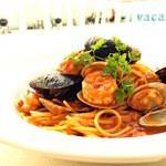 ザ ビーチ ゴーゴー - 築地市場直送 新鮮な海の幸たっぷりペスカトーレ