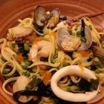 スパ吉 - たっぷりの新鮮な魚貝の和風醤油味 2016.4