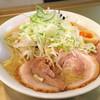 ごっつ - 料理写真:しょうゆ味玉ラーメン 850円