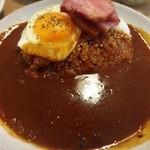 フジヤマプリン - 料理写真:「ベーコンエッグカレー」¥890(ライス300g)