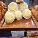 サンドッグイン神戸屋 - 清里ジャージークリームメロンパン