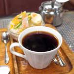 シャルラン - コーヒーはアツアツ! 酸味がほとんど無いのも特徴的