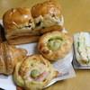 パン工房 麦びより - 料理写真:買い求めた品々