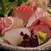 アクアイグニス - 料理写真:露庵というカウンター割烹のお造り。中々に新鮮。