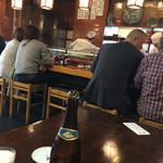 双葉寿司 - カウンター席