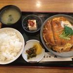 そば処 丸屋 - カツ煮定食 950円 2016.4