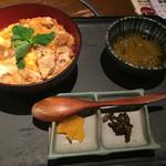 灯り家 - 料理写真:親子丼極上@950円