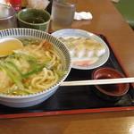ちぎりや - 天ぷらうどん+サバ寿司950円