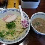 煮干中華そば鈴蘭 - 限定  烏賊煮干し鶏白湯つけ麺 800円+大盛100円