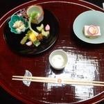 料亭旅館 いちい亭 - 食前酒、先付と前菜