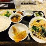 餃子ハウス 長安 - 日替り: 玉子キクラゲ炒めランチ
