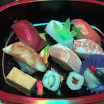 50057972 - てかてかのお寿司弁当