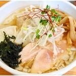 麺笑 コムギの夢 - ワンタン麺塩 980円 ふんわりさっぱり