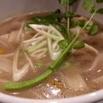 ミートバル BON - Bon自慢の牛骨スープのフォー!