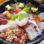 50107512 - 海鮮丼(サラダ付き) 税込¥1180
