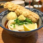 釜たけ流 うめだ製麺所 - ちく玉天ぶっかけ(780円)