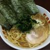 町田家 - 料理写真:ラーメン 濃いめ多め固め 720円